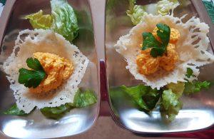scrigni di formaggio con farcitura alla crema di carote